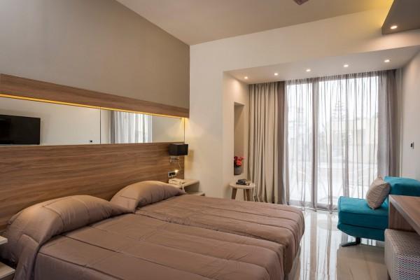 Μερική ανακαίνιση Atrion Resort Hotel